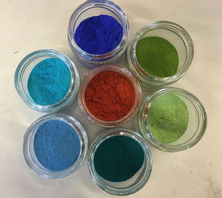 pigmentos de colores